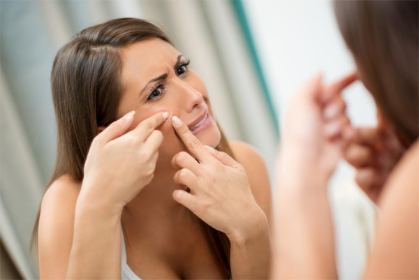The Best Ways to Reduce Acne Redness
