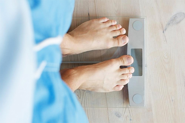 How to Keep the Weight Off during Holiday Season: Three Simple Tips